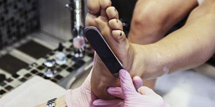how to get soft feet at Bella Reina Spa