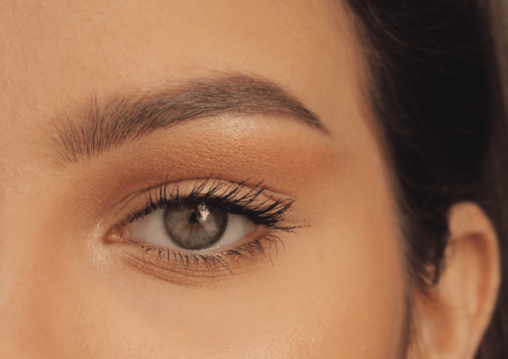 How to get the perfect eyebrow arch