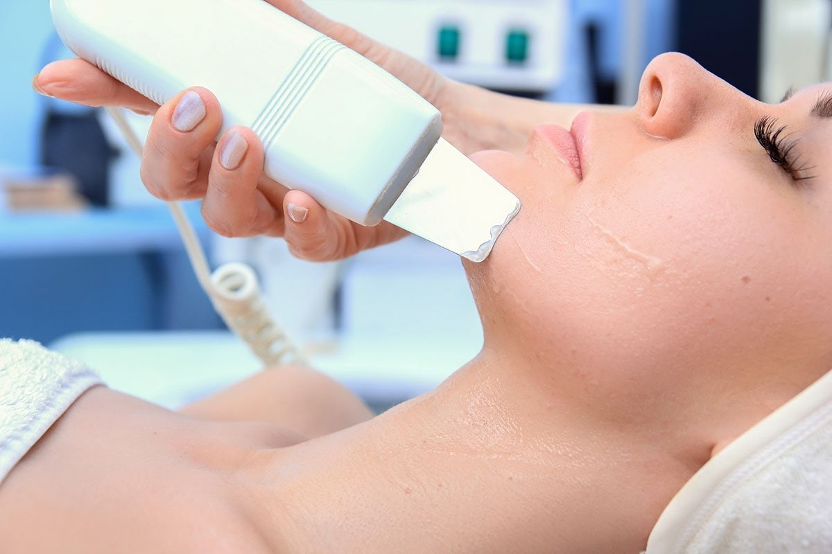 Ultrasonic microdermabrasion Bella Reina Spa