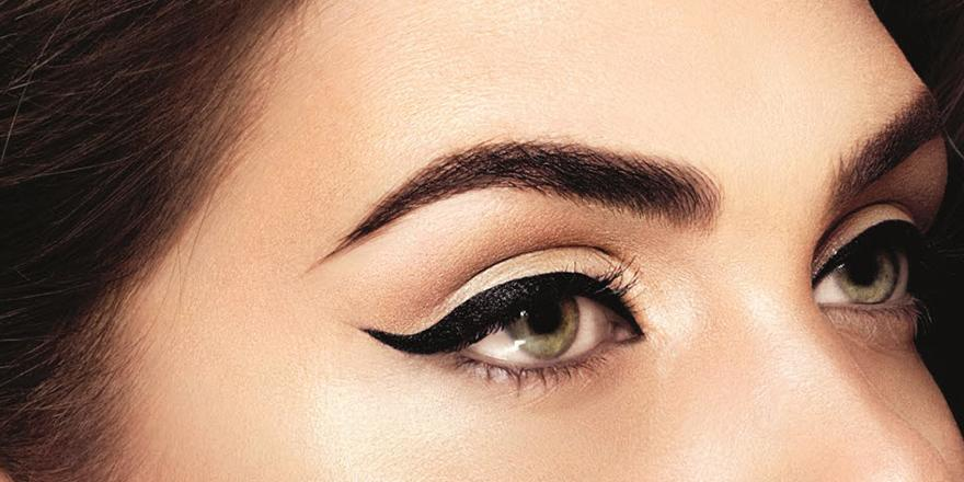 How to do winged eyeliner with liquid liner