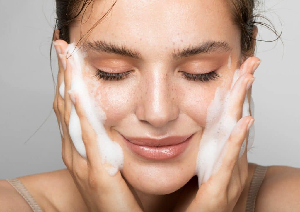 How to Cleanse your Face
