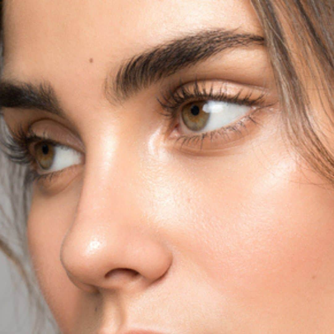 Perfect Brow Arches, Eyebrow Shaping, and Brow Tint