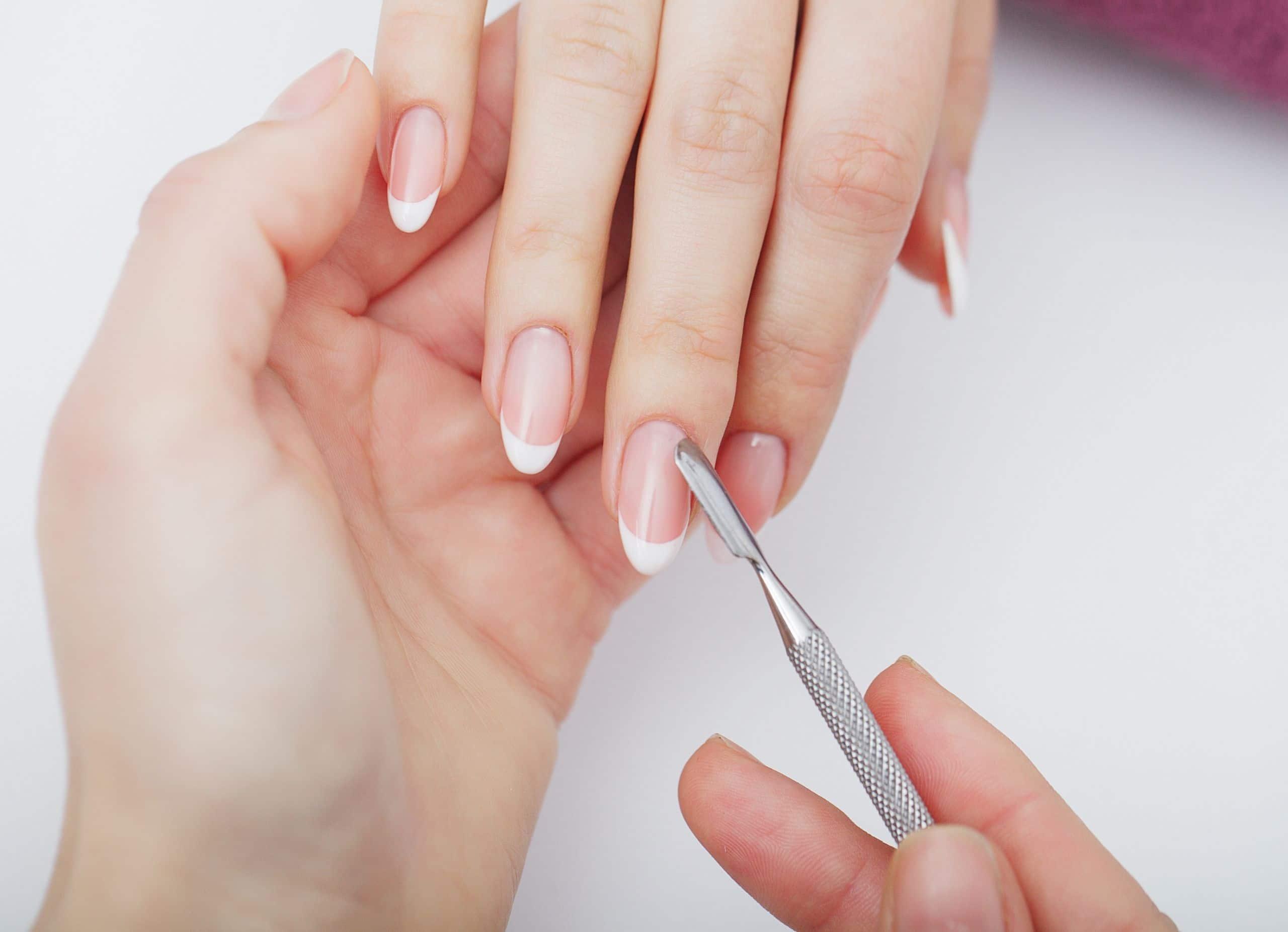 Repair trind manicure treatment